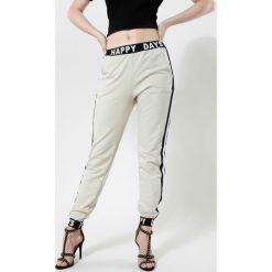 Spodnie dresowe damskie: Beżowe Spodnie Make Me Run