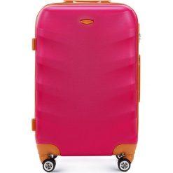 Walizka średnia 56-3A-232-33. Czarne walizki marki Wittchen, z gumy, duże. Za 179,00 zł.