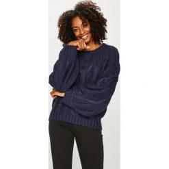 Answear - Sweter Femifesto. Czarne swetry klasyczne damskie ANSWEAR, l, z dzianiny, z okrągłym kołnierzem. Za 129,90 zł.