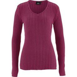 Swetry klasyczne damskie: Sweter w prążek bonprix jeżynowy