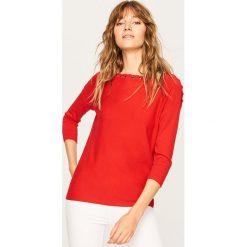 Sweter z ozdobnym wiązaniem - Czerwony. Czerwone swetry klasyczne damskie Reserved, m. Za 69,99 zł.