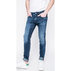 Jeansy męskie: Guess Jeans – Jeansy Chris Skin Tight