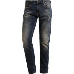 Petrol Industries Jeansy Zwężane dark blue. Niebieskie jeansy męskie marki Petrol Industries, z bawełny. W wyprzedaży za 239,20 zł.
