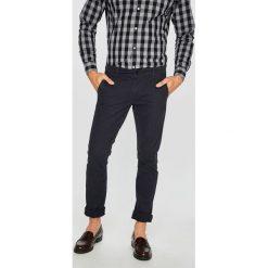 Only & Sons - Spodnie. Szare chinosy męskie Only & Sons, z bawełny. W wyprzedaży za 119,90 zł.