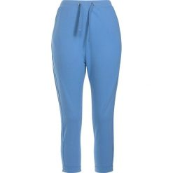 Spodnie dresowe damskie: Urban Classics Ladies Open Edge Terry Turn Up Pants Spodnie dresowe jasnoniebieski