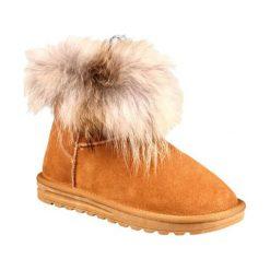 Skórzane botki w kolorze jasnobrązowym. Brązowe buty zimowe damskie Carla Samuel, na zimę. W wyprzedaży za 299,95 zł.