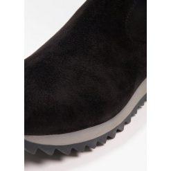 Cassis côte d'azur BLUENOTE Muszkieterki noir. Czarne buty zimowe damskie Cassis côte d'azur, z materiału. W wyprzedaży za 383,20 zł.