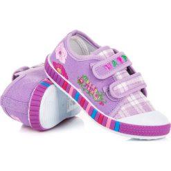 Dziewczęce trampki w kratkę ALEXANDRIA. Różowe trampki chłopięce marki HASBY, w kratkę. Za 36,90 zł.