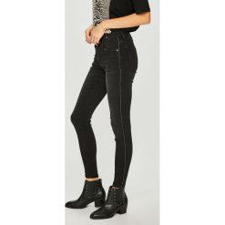Medicine - Jeansy Shimmering Fantasy. Czarne jeansy damskie rurki marki MEDICINE, z bawełny. Za 139,90 zł.