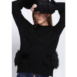 Swetry klasyczne damskie: Czarny Sweter Counting Stars