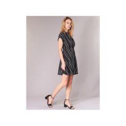 Sukienki krótkie Vero Moda  VMLAURA. Sukienki małe czarne marki Vero Moda, l, z bawełny, casualowe. Za 159,20 zł.