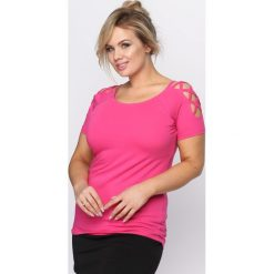 Fuksjowy T-shirt Curtains. Różowe bluzki damskie Born2be, m. Za 39,99 zł.