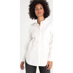 Koszule wiązane damskie: Vero Moda VMTHEA  Koszula snow white
