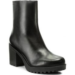 Botki VAGABOND - Grace 4428-101-20 Black. Czarne buty zimowe damskie marki Vagabond, z materiału, z okrągłym noskiem. W wyprzedaży za 309,00 zł.