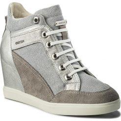 Sneakersy GEOX - D Eleni C D7267C 022EW C1355 Lt Grey/Silver. Szare sneakersy damskie marki Geox, z gumy. W wyprzedaży za 319,00 zł.