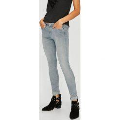 Pepe Jeans - Jeansy Lola. Niebieskie jeansy damskie marki Pepe Jeans, z bawełny. W wyprzedaży za 269,90 zł.