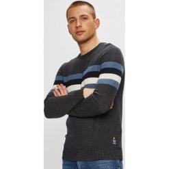 Tom Tailor Denim - Sweter. Szare swetry klasyczne męskie TOM TAILOR DENIM, l, z bawełny, z okrągłym kołnierzem. W wyprzedaży za 159,90 zł.