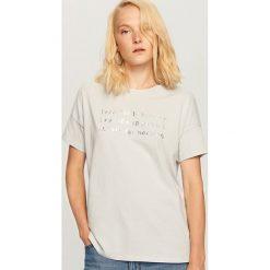 T-shirt z nadrukiem - Niebieski. Niebieskie t-shirty damskie Reserved, l, z nadrukiem. Za 29,99 zł.