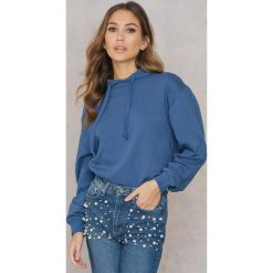 Bluzy damskie: NA-KD Basic Bluza z kapturem basic – Blue
