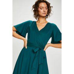 Medicine - Sukienka Secret Garden. Szare sukienki mini MEDICINE, na co dzień, m, z lyocellu, casualowe, rozkloszowane. Za 159,90 zł.