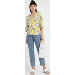 Bluzki asymetryczne: NORR MARLA Bluzka blue/yellow