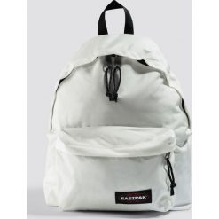 Eastpak Plecak Padded Pak'r - White. Białe plecaki damskie Eastpak, w paski. Za 202,95 zł.