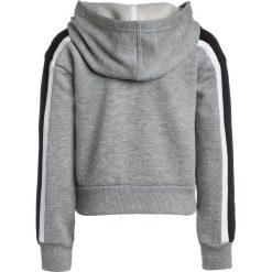 Converse CROPPED HOODIE Bluza z kapturem dark grey heather. Szare bluzy dziewczęce rozpinane marki Converse, z bawełny, z kapturem. W wyprzedaży za 179,10 zł.