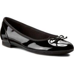 Baleriny CLARKS - Couture Bloom 261154754 Black Pat. Czarne baleriny damskie marki Clarks, z materiału. W wyprzedaży za 209,00 zł.