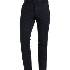 Chinosy męskie: Sisley Spodnie materiałowe navy
