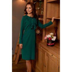 ALWAYS FREE Sukienka biznesowa z żabotem ciemna zieleń. Zielone długie sukienki Lemoniade, do pracy, biznesowe, z klasycznym kołnierzykiem, z długim rękawem. Za 169,00 zł.