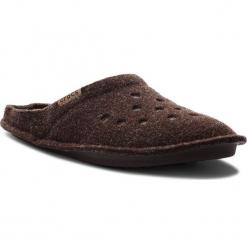 Kapcie CROCS - Classic Slipper 203600 Espresso/Walnut. Brązowe kapcie męskie Crocs, z materiału. Za 129,00 zł.