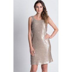 Srebrna sukienka na ramiączkach BIALCON. Czerwone sukienki balowe marki bonprix, kopertowe. W wyprzedaży za 157,00 zł.