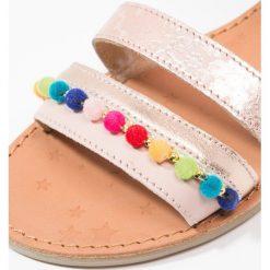 Shoo Pom HAPPY POMPON Sandały poudre/multicolor. Czerwone sandały chłopięce Shoo Pom, z materiału. Za 309,00 zł.