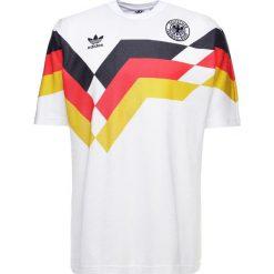 Adidas Originals GERMANY Tshirt z nadrukiem white. Szare koszulki polo marki adidas Originals, l, z nadrukiem, z bawełny, z kapturem. Za 379,00 zł.