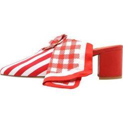 Mother of Pearl AMBER Czółenka sznurowane red/white. Czerwone buty ślubne damskie Mother of Pearl, z materiału. W wyprzedaży za 674,70 zł.