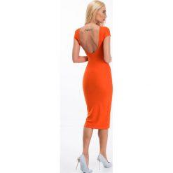 Sukienki: Pomarańczowa sukienka z dekoltem na plecach 5134