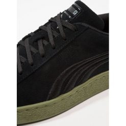 Puma CLASSIC BADGE FLIP Tenisówki i Trampki black/capulet olive. Czarne tenisówki męskie Puma, z materiału. Za 379,00 zł.