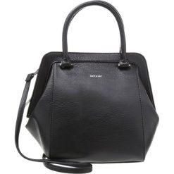 Matt & Nat SHEENAN Torebka black. Czarne torebki klasyczne damskie Matt & Nat. Za 629,00 zł.