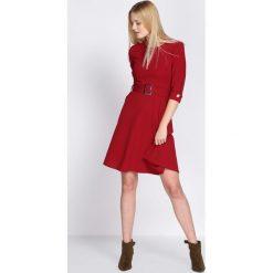 Bordowa Sukienka Choir. Czerwone sukienki marki Born2be, s, z koszulowym kołnierzykiem, koszulowe. Za 79,99 zł.