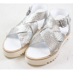 """Rzymianki damskie: Skórzane sandały """"Celia"""" w kolorze srebrnym"""