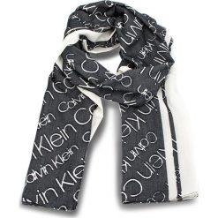 Szal CALVIN KLEIN - Burn Out Calvin Klei K60K604706 101. Czarne szaliki damskie marki Calvin Klein, z materiału. Za 229,00 zł.
