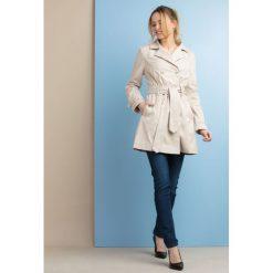 Płaszcze damskie: Płaszcz z paskiem II