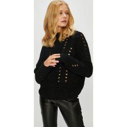 Vero Moda - Sweter Nila. Brązowe swetry klasyczne damskie Vero Moda, l, z dzianiny. W wyprzedaży za 99,90 zł.