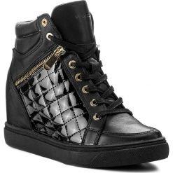 Sneakersy WOJAS - 7652-71 Czarny. Czarne sneakersy damskie Wojas, z lakierowanej skóry. W wyprzedaży za 369,00 zł.