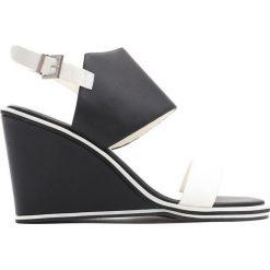 Buty ślubne damskie: Czarne Koturny Julie