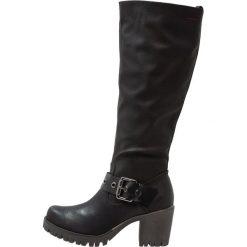 S.Oliver RED LABEL Kozaki na platformie black. Czarne buty zimowe damskie marki s.Oliver RED LABEL, z materiału, na platformie. W wyprzedaży za 184,50 zł.