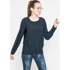 Vero Moda - Bluzka Away. Szare bluzki asymetryczne Vero Moda, l, z poliesteru, casualowe, z okrągłym kołnierzem. W wyprzedaży za 59,90 zł.