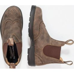 Blundstone CLASSIC WINGCAP Botki rustic brown. Brązowe botki damskie skórzane marki Blundstone, klasyczne. Za 829,00 zł.