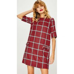 Medicine - Sukienka Shimmering Fantasy. Szare sukienki mini marki MEDICINE, na co dzień, l, z elastanu, casualowe, z okrągłym kołnierzem, proste. Za 139,90 zł.