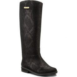 Kalosze KAZAR - Ester 27292-06-00 Czarny. Białe buty zimowe damskie marki Kazar, ze skóry, na wysokim obcasie, na szpilce. W wyprzedaży za 279,00 zł.